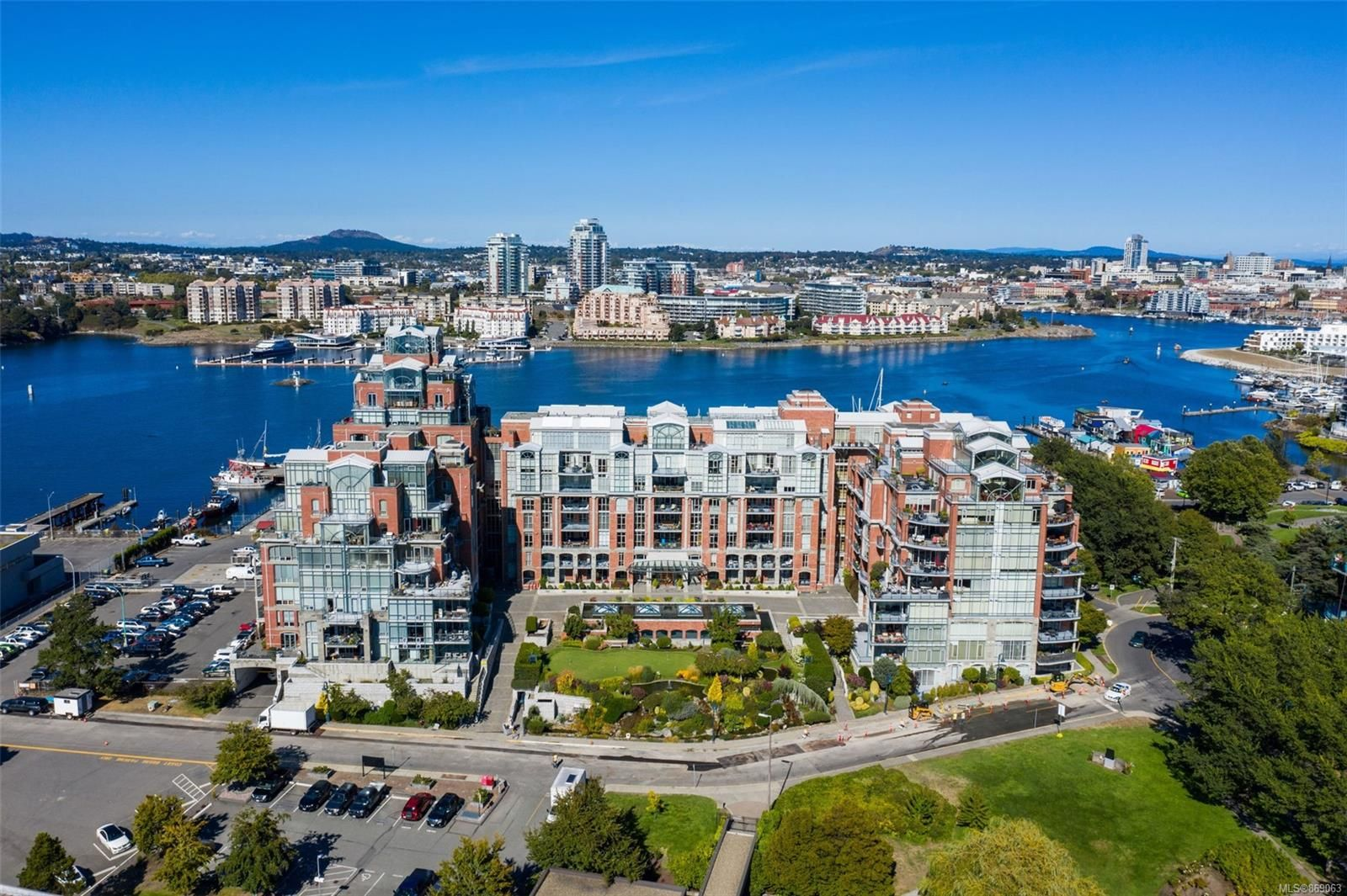 Main Photo: 509 21 Dallas Rd in : Vi James Bay Condo for sale (Victoria)  : MLS®# 869063
