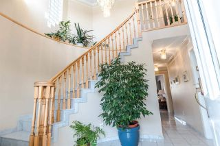Photo 2: 6206 DOMAN STREET in Vancouver: Killarney VE House for sale (Vancouver East)  : MLS®# R2242654