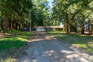 Photo 2: 2727 176 Street in Surrey: Grandview Surrey House for sale (South Surrey White Rock)  : MLS®# R2063796