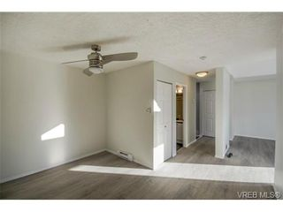 Photo 10: 403 2710 Grosvenor Rd in VICTORIA: Vi Oaklands Condo for sale (Victoria)  : MLS®# 717135