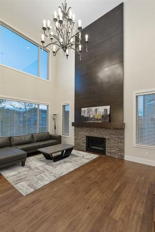 Photo 8: 32 West Grove Bay SW in Calgary: West Springs Detached for sale : MLS®# A1147560