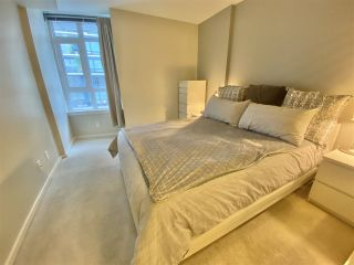"""Photo 13: 303 89 W 2ND Avenue in Vancouver: False Creek Condo for sale in """"Pinnacle Living False Creek"""" (Vancouver West)  : MLS®# R2536464"""