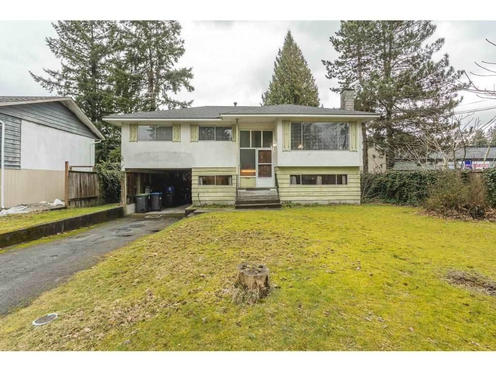 Main Photo: 3260 ULSTER Street in Port Coquitlam: Lincoln Park PQ House for sale : MLS®# R2547758