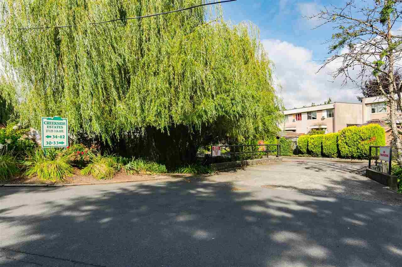 "Main Photo: 34 27125 31A Avenue in Langley: Aldergrove Langley Townhouse for sale in ""CREEKSIDE ESTATES"" : MLS®# R2493868"