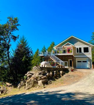 Photo 2: 149 WINTER COVE Road: Saturna Island House for sale (Islands-Van. & Gulf)  : MLS®# R2605068