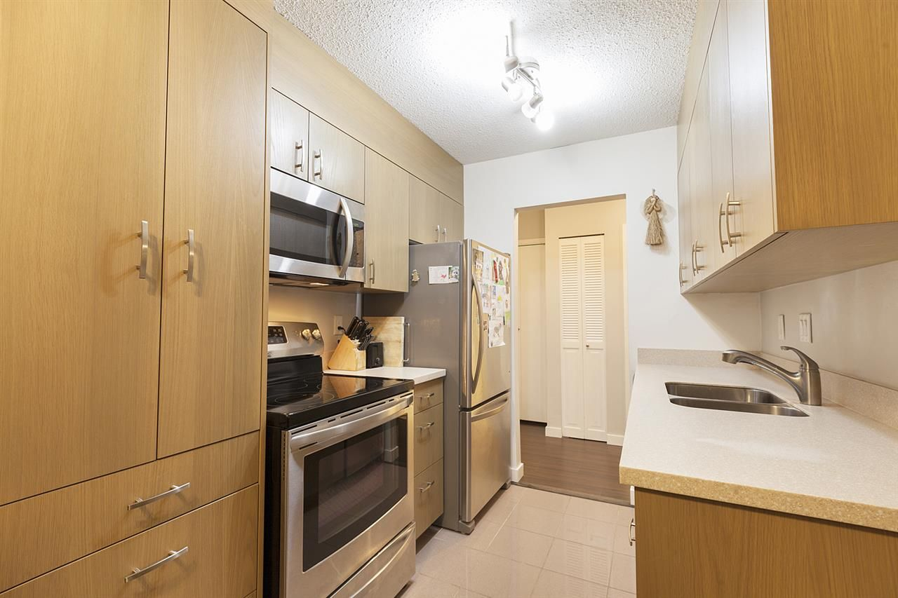 """Photo 5: Photos: 307 708 EIGHTH Avenue in New Westminster: Uptown NW Condo for sale in """"Villa Franciscan"""" : MLS®# R2329008"""