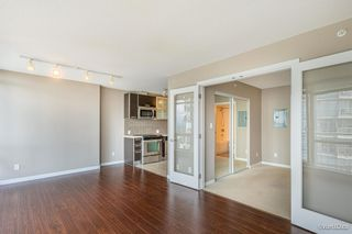 """Photo 13: 2701 9981 WHALLEY Boulevard in Surrey: Whalley Condo for sale in """"PARK PLACE ii"""" (North Surrey)  : MLS®# R2608443"""