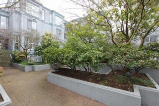 "Photo 4: 20 877 W 7TH Avenue in Vancouver: Fairview VW Townhouse for sale in ""EMERALD COURT"" (Vancouver West)  : MLS®# V1111348"