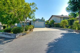 Photo 2: 1005 Maryland Dr in Vista: Residential for sale (92083 - Vista)  : MLS®# 200043146
