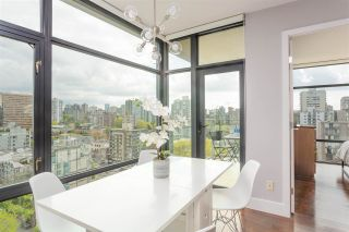 """Photo 8: 1502 1863 ALBERNI Street in Vancouver: West End VW Condo for sale in """"LUMIERE"""" (Vancouver West)  : MLS®# R2367109"""