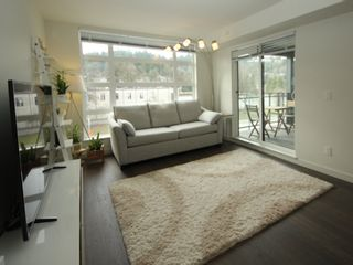 """Photo 3: 405 95 MOODY Street in Port Moody: Port Moody Centre Condo for sale in """"STATION"""" : MLS®# R2350991"""