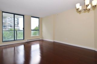 Photo 8: 402 838 AGNES Street in New Westminster: Downtown NW Condo for sale : MLS®# R2221116
