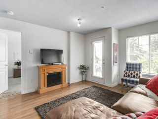 """Photo 4: 304 1969 WESTMINSTER Avenue in Port Coquitlam: Glenwood PQ Condo for sale in """"THE SAPHHIRE"""" : MLS®# R2504819"""
