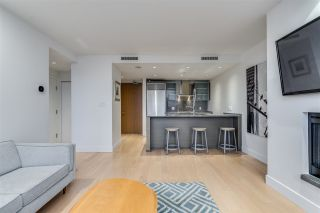 """Photo 9: 3307 1111 ALBERNI Street in Vancouver: West End VW Condo for sale in """"SHANGRI-LA"""" (Vancouver West)  : MLS®# R2558444"""