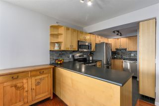 """Photo 12: 2205 388 DRAKE Street in Vancouver: Yaletown Condo for sale in """"GOVERNOR'S TOWNER"""" (Vancouver West)  : MLS®# R2276947"""