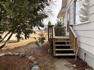 Photo 2: 3351 3rd Avenue in Carrot River: Residential for sale : MLS®# SK850055