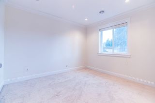 """Photo 18: 4146 GILPIN Crescent in Burnaby: Garden Village House for sale in """"GARDEN VILLAGE"""" (Burnaby South)  : MLS®# R2424746"""