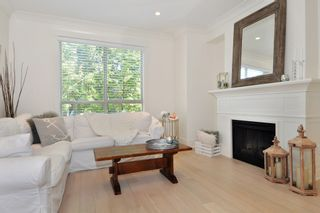 """Photo 2: 37 100 KLAHANIE Drive in Port Moody: Port Moody Centre Townhouse for sale in """"INDIGO"""" : MLS®# R2303018"""