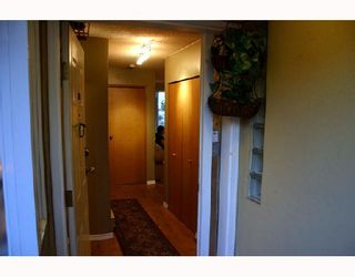 """Photo 8: 204 1870 W 6TH Avenue in Vancouver: Kitsilano Condo for sale in """"HERITAGE AT CYPRESS"""" (Vancouver West)  : MLS®# V667714"""