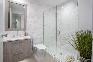 """Photo 19: 101 707 E 3RD Street in North Vancouver: Lower Lonsdale Condo for sale in """"Green on Queensbury"""" : MLS®# R2453734"""