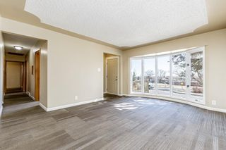 Photo 2: 5615 Thorndale Place NW in Calgary: Thorncliffe Detached for sale : MLS®# A1091089