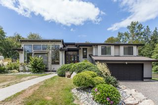 Photo 1: 347 192 STREET in South Surrey White Rock: Home for sale : MLS®# R2163762