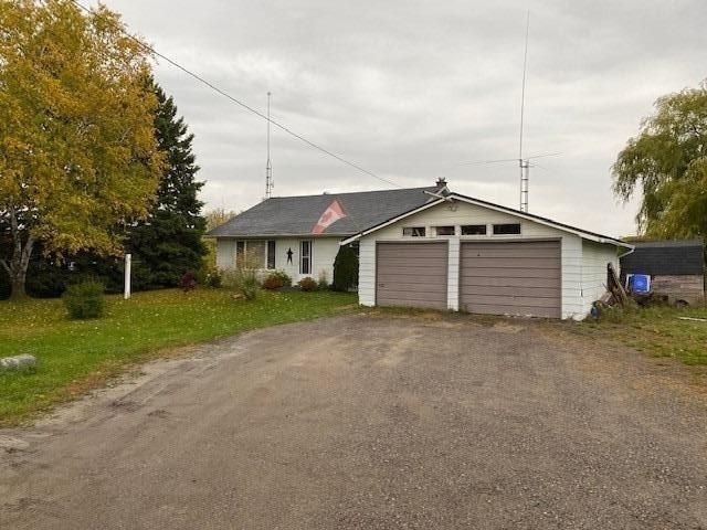 Main Photo: 2861 Highway 7A Road Scugog, ON L0B 1B0: Detached Bungalow for sale : MLS®# E4989022