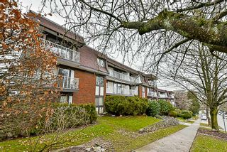 """Photo 1: 105 331 KNOX Street in New Westminster: Sapperton Condo for sale in """"WESTMOUNT ARMS"""" : MLS®# R2135968"""