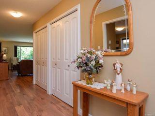 Photo 12: 2086 Lambert Dr in COURTENAY: CV Courtenay City House for sale (Comox Valley)  : MLS®# 813278