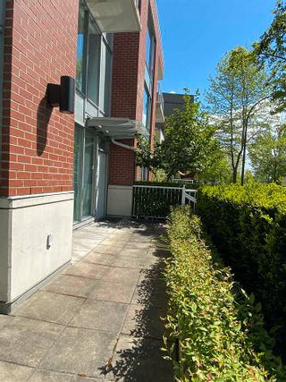 """Photo 11: 39 KEEFER Place in Vancouver: Downtown VW Townhouse for sale in """"THE TAYLOR"""" (Vancouver West)  : MLS®# R2575670"""