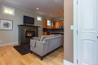 Photo 6: 2 209 Superior St in : Vi James Bay Row/Townhouse for sale (Victoria)  : MLS®# 869310