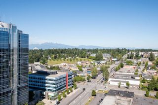 """Photo 17: 2002 10777 UNIVERSITY Drive in Surrey: Whalley Condo for sale in """"CITY POINT"""" (North Surrey)  : MLS®# R2595806"""
