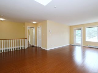 Photo 5: 75 14 Erskine Lane in : VR Hospital Row/Townhouse for sale (View Royal)  : MLS®# 876375