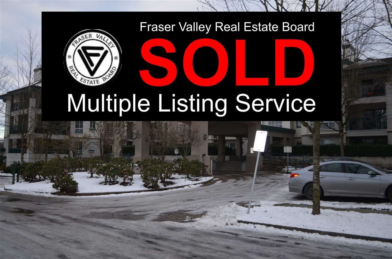 """Main Photo: 230 19528 FRASER Highway in Surrey: Cloverdale BC Condo for sale in """"Fairmont on the Boulevard"""" (Cloverdale)  : MLS®# R2129627"""