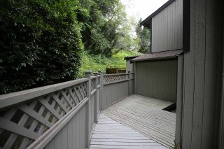 "Photo 13: 901 BRITTON Drive in Port Moody: North Shore Pt Moody Townhouse for sale in ""WOODSIDE VILLAGE"" : MLS®# R2290953"