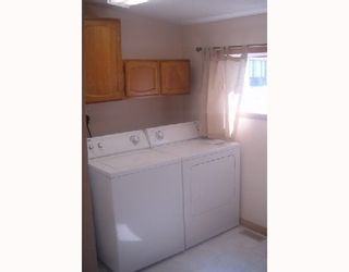 Photo 8: 254 PORTLAND Avenue in WINNIPEG: St Vital Single Family Detached for sale (South East Winnipeg)  : MLS®# 2713049