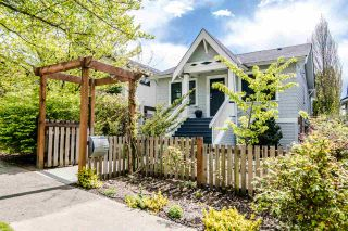 Photo 2: 3438 PANDORA Street in Vancouver: Hastings Sunrise House for sale (Vancouver East)  : MLS®# R2364938