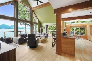 """Photo 7: 594 WALKABOUT Road: Keats Island House for sale in """"Melody Point"""" (Sunshine Coast)  : MLS®# R2387729"""