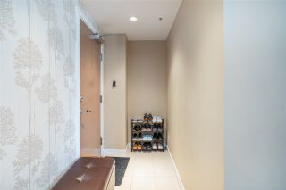 """Photo 4: 1201 660 NOOTKA Way in Port Moody: Port Moody Centre Condo for sale in """"Nahanni"""" : MLS®# R2497996"""