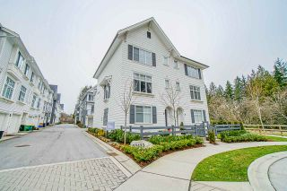 """Photo 1: 19 10433 158 Street in Surrey: Guildford Townhouse for sale in """"Guildford the great II"""" (North Surrey)  : MLS®# R2441107"""