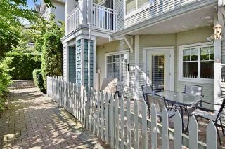"""Photo 1: 8 123 SEVENTH Street in New Westminster: Uptown NW Townhouse for sale in """"Royal City Terrace"""" : MLS®# R2200367"""