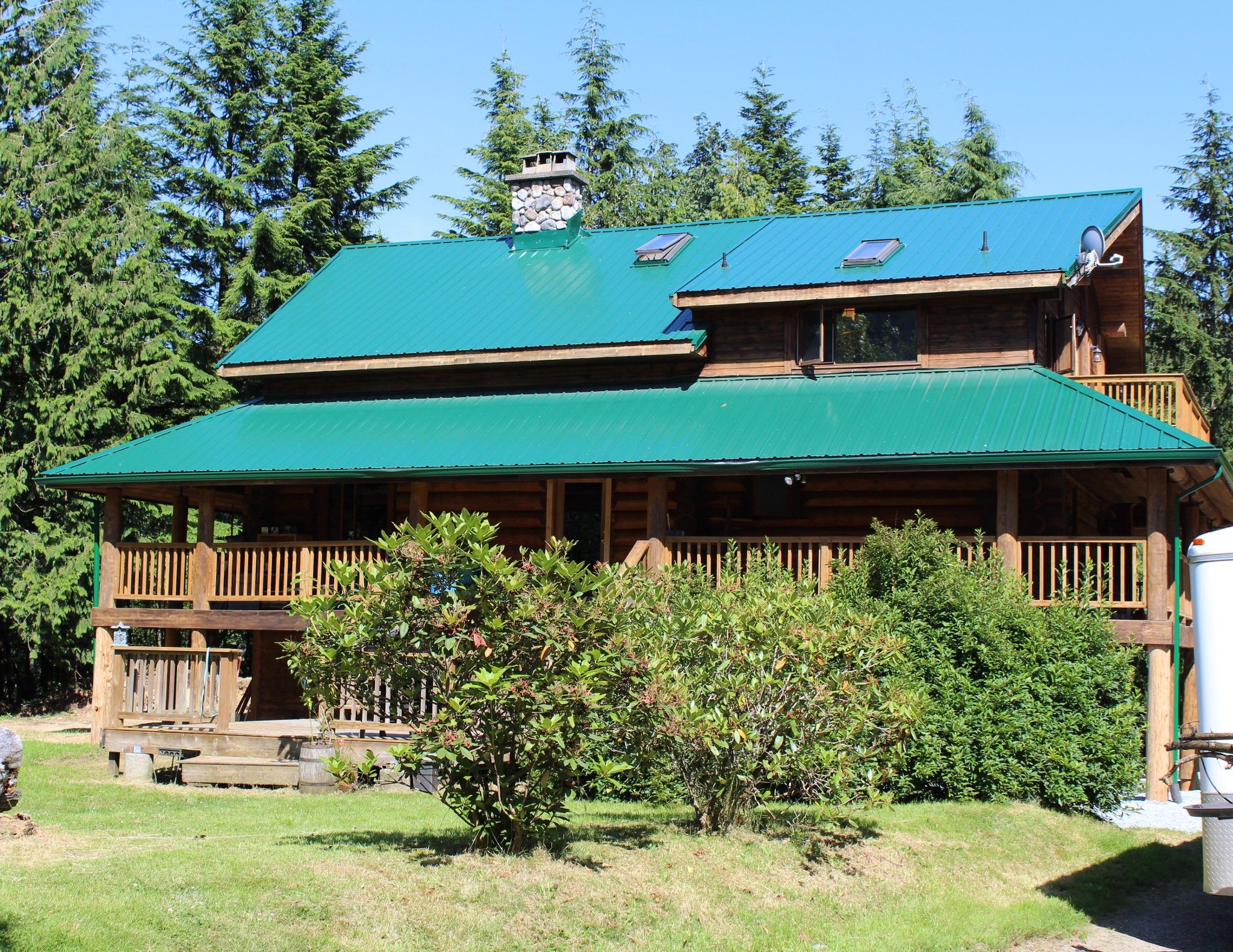 "Main Photo: 6040 DUNKERLEY Road in Abbotsford: Sumas Mountain House for sale in ""Sumas Mountain"" : MLS®# R2474437"