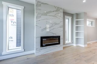 Photo 3: 8805 STRATHEARN Drive in Edmonton: Zone 18 House for sale : MLS®# E4246392