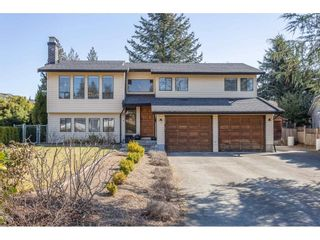 Photo 2: 8324 GALE Street in Mission: Mission BC House for sale : MLS®# R2350997