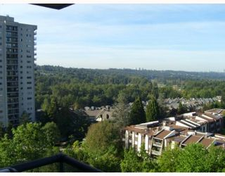 """Photo 8: 1103 3980 CARRIGAN Court in Burnaby: Government Road Condo for sale in """"DISCOVERY PLACE"""" (Burnaby North)  : MLS®# V788912"""