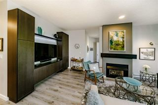 """Photo 12: 201 1705 MARTIN Drive in Surrey: Sunnyside Park Surrey Condo for sale in """"Southwynd"""" (South Surrey White Rock)  : MLS®# R2393853"""