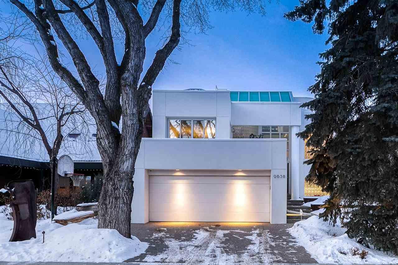Main Photo: 9658 95 Avenue in Edmonton: Zone 18 House for sale : MLS®# E4228356