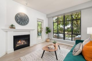 """Photo 4: 104 2175 SALAL Drive in Vancouver: Kitsilano Condo for sale in """"Sovana"""" (Vancouver West)  : MLS®# R2604772"""