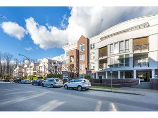 """Photo 2: 404 2335 WHYTE Avenue in Port Coquitlam: Central Pt Coquitlam Condo for sale in """"CHANELLOR'S COURT"""" : MLS®# R2141689"""