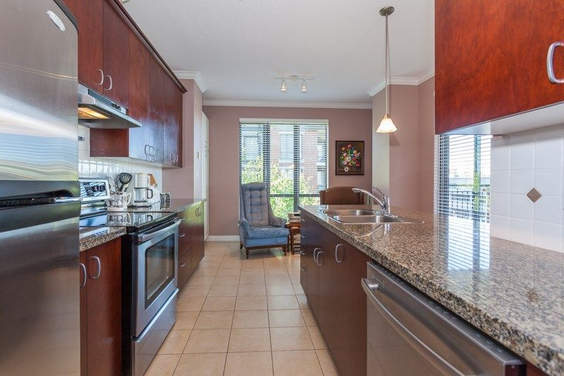 """Photo 4: Photos: 306 1551 FOSTER Street: White Rock Condo for sale in """"Sussex House"""" (South Surrey White Rock)  : MLS®# R2170329"""